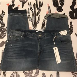 Women's Plus High Rise Straight 24 Ripped Jeans